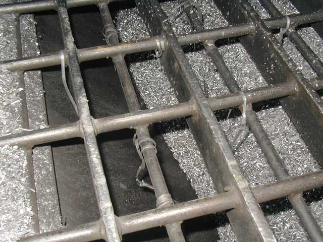 Vibratory and Static Grate Separation